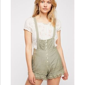 Free People Frills and thrills eyelet romper NWT!